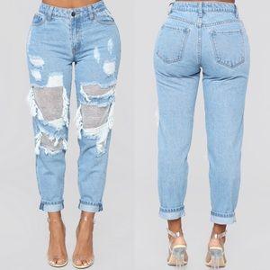 6b298114 Best Of You Boyfriend Jeans - Light Blue Wash. NWT